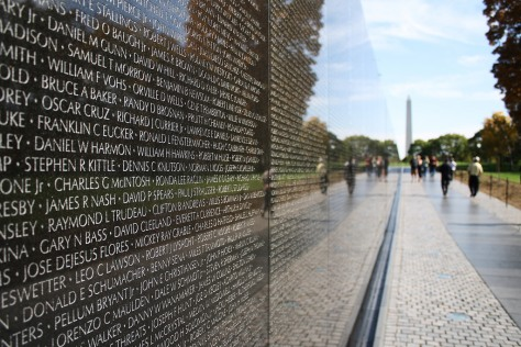 white-house-archives-the-vietnam-veterans-memorial-and-washington-monument-photograph-ap